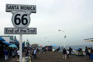 santa-monica-ca-end-of-route-66-sign-on-the-pier-looking-twd-ocean-wikimedia-commons